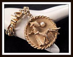 Vintage Gold-tone Charm Bracelet w/ Huge Gold-tone Charm w/ Faux Pearls #2320