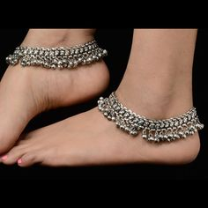 Silver anklets payal, pair of ladies anklets. Matching dresses, sari or for more… Silver Payal, Silver Anklets, Beaded Anklets, Gold Anklet, Wedding Jewelry, Silver Jewelry, Wedding Shoes, Jewlery, Anklet Bracelet