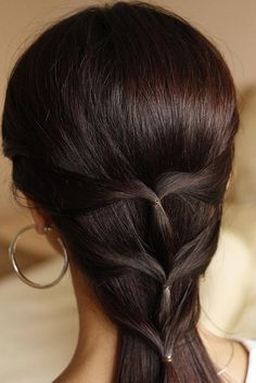 Sophisticated and easy off your face hairstyle.