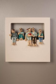 Out of the Box-Wallpiece met ingefreesde naam-My F. Out of the Box-Wallpiece met ingefreesde naam-My Family-Ans Vink Keramiek Paper Mache Sculpture, Pottery Sculpture, Pottery Art, Sculpture Art, Ceramic Pottery, Paper Clay, Clay Art, Paper Art, Clay Projects