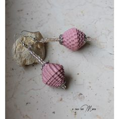 Orecchini leggeri con perle di carta, Light earrings with pearl paper,... ($7.67) ❤ liked on Polyvore featuring acasaconmanu