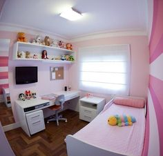 Girl Bedroom Decor Ideas Ideas For Decorating a Girls Bedroom Girl Bedroom Decor Ideas. While furnishing and decorating a girls room you must t… Girl Bedroom Designs, Room Ideas Bedroom, Small Room Bedroom, Small Rooms, Girls Bedroom, Bedroom Decor, Dream Rooms, Dream Bedroom, New Room