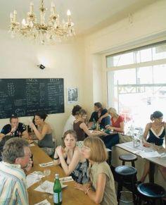 Massimo - Italian Restaurant - Best Pasta in Town - Kleine Kaschemme aber soo lecker #Köln #Cologne #Südstadt
