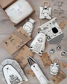 Creative Gift Wrapping, Creative Gifts, Creative Design, Bee Shop, Heart Crafts, Gold Diy, Felt Art, Craft Ideas, Packaging