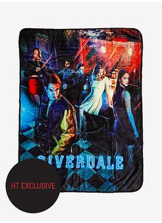 Riverdale Group Diner Throw Blanket Hot Topic Exclusive -- You can find more details by visiting the image link. (This is an affiliate link) Riverdale Shirts, Kj Apa Riverdale, Riverdale Archie, Bughead Riverdale, Riverdale Funny, Pops Diner, Archie Betty And Veronica, Lilli Reinhart, Riverdale Fashion
