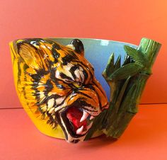 Tiger yarn bowl with hook holder. di EarthWoolFire su Etsy