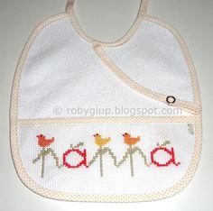 "RobyGiup handmade: bavaglino ricamato a punto croce con scritta ""pappa"" - Cross-stitched bib with ""pappa"" (=""baby food"") writing #bib #baby #gift #cross-stitch"