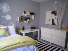 Great bedroom scheme for youth or young adults.  It's modern, clean and airy - maybe an inspiration even for my study! I need a new desk a...