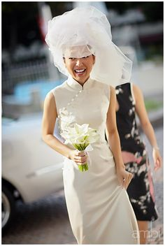 Cheongsam wedding dress... hmmm...    Actual Day wedding photography at Flutes at the Fort