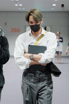 Kai Exo, Suho, Kim Jongin, Gucci Brand, Exo Members, Airport Style, Airport Fashion, Perfect Man, To My Future Husband