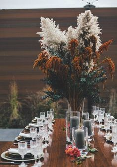 Centerpiece with dried foliage