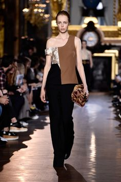 Stella McCartney Fall/Winter 2015 via @stylelist | http://aol.it/1AguAFc