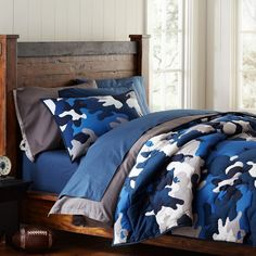 blue camo bedding- the kids all need new sets these are pretty cool