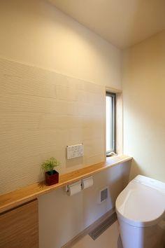 写真15|S様邸/プレズィール/OM/平屋(H28.4.13更新) Toilet Room, Natural Interior, Bathroom Toilets, Bathroom Design Small, Japanese House, Houzz, Ideal Home, Bathtub, Home And Garden