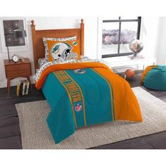 NFL Miami Dolphins Soft and Cozy Bedding Comforter Set, Multicolor
