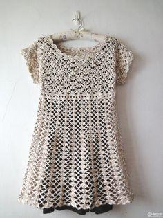 Crochetpedia: Crochet Short Dresses or Long Shirts (Auf verlinkter Seite runterscrollen....)