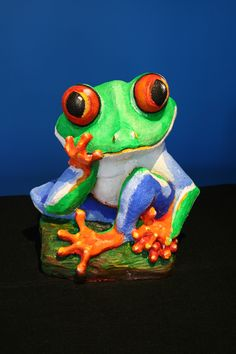 """Red Eyed Tree Frog""- Garden Art"