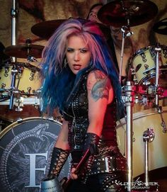 Image may contain: 1 person, on stage and indoor Ladies Of Metal, Metal Girl, Heavy Metal Music, Heavy Metal Bands, Beautiful Soul, Most Beautiful Women, The Agonist, Rain Fashion, Alissa White