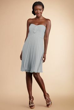 Shop Donna Morgan White Friday deals for budget friendly bridesmaid dresses starting Friday at 12am. Visit lover.y/shop to learn more.