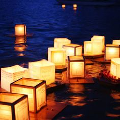 FLOATING CANDLES FOR THE POOL