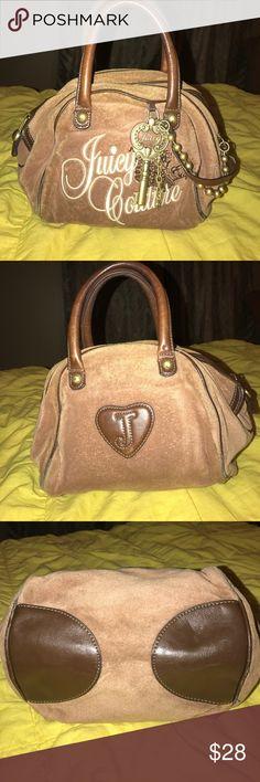 Authentic Juicy Couture Purse Super cute Juicy Couture hand purse ;) Juicy Couture Bags