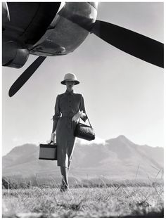 Wenda Parkinson - 1949 - The Art of Travel - Vogue 1951 -  Photo by Norman Parkinson