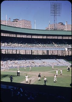 The Polo Grounds White Sox Baseball, Baseball Park, Giants Baseball, Baseball Games, Sports Baseball, Baseball Field, Baseball Quotes, New York Stadium, Stadium Tour