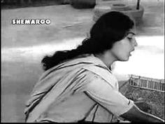 ab ke baras bhej bhaiya ko babul Hindi Old Songs, Film Song, Classic Songs, Kos, Music, Youtube, Musica, Musik, Muziek
