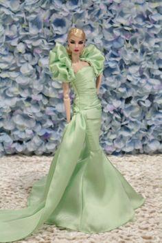 New-dressfor-Fashion-royalty-silkstone-dolls-by-t-d-fashion-8-3-3