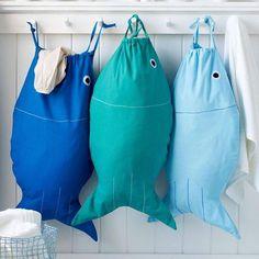 可愛的大嘴魚置衣袋