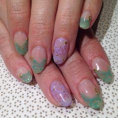 @mikutsutaya #handpainted #gelnail #nailart #vanityprojects  (at Vanity Projects)