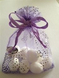 Simply but very effective Favour - butterfly organza bag filled with imperial mints