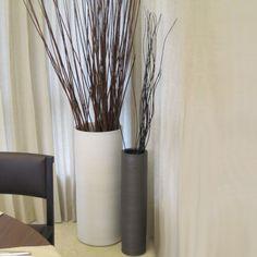 Choosing Best Floor Vases : Modern Ceramic Vase And Floor Decoration Drawing Room