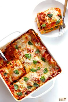 Spinach Lasagna -- quick and easy to prep, and SO good! Add bell peppers and mushroom. Vegetable Recipes, Vegetarian Recipes, Cooking Recipes, Healthy Recipes, Healthy Meals, Pasta Recipes, Healthy Food, Easy Lasagna Recipe, Spinach Lasagna