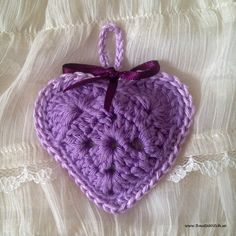 Heartshaped lavender sachet #crochet  Pattern in in my blog: http://BautaWitch.se