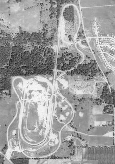 Meadowdale International Raceway...Carpenterille ILL. Elgin Illinois, Race Tracks, Rally Car, Paint Schemes, Drag Racing, Cars And Motorcycles, Grand Prix, F1, Race Cars
