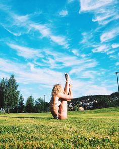 #Yoga by @julieberland #yogi #namaste #myyogalife Yogi goals & yoga inspiration.