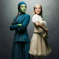 This is the beginning of their friendship. They both start as two different people with two different styles. Wicked Musical, Broadway Wicked, Broadway Theatre, Musical Theatre, Broadway Shows, Broadway Costumes, Wicked Costumes, Theatre Costumes, Dance Costumes