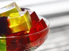 Gelatin for joint pain - remedies - Step To Health - Natural therapies Jello Recipes, Juice Plus, Yummy Eats, Fitness Workouts, Natural Medicine, Eat Cake, Food Inspiration, Natural Health, Natural Remedies