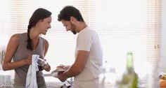 Divisão de tarefas domésticas leva a uma vida sexual mais satisfatória