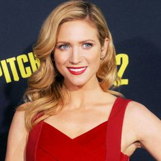 Brittany Snow Shares Her Beauty Rules | The Zoe Report