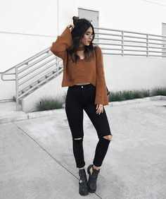 Want these korean fashion trends Uni Outfits, Trendy Outfits, Fashion Outfits, Fashion Ideas, Fashion Details, Fashion Clothes, Fashion Trends, Fashion Tips, Fall Winter Outfits