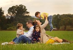 Great photos of family of five.