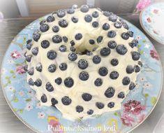Pullantuoksuinen koti: Ihanimmista ihanin Mustikkakakku - Lovely Blueberry cake