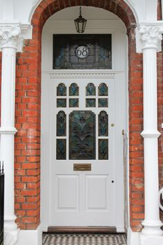 something like this maybe A late Victorian front door with floral leaded light White door.something like this maybe A late Victorian front door with floral leaded light Front Door Porch, Front Door Entrance, Exterior Front Doors, Glass Front Door, House Front, Entry Doors, Glass Doors, House 2, Victorian Front Doors