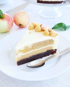 Höstmoussetårta | erikasfikastund Food Cakes, Let Them Eat Cake, Vanilla Cake, Tiramisu, Cheesecake, Cake Recipes, Deserts, Sweets, Ethnic Recipes