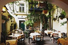 Mauerkircherstr München catwalk bar restaurant café münchen bogenhausen