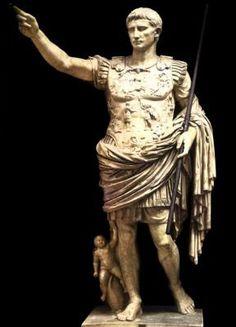 Ancient Roman statues were actually painted Ancient Rome, Ancient History, World History, Art History, Sculpture Romaine, Art Romain, Emperor Augustus, Famous Sculptures, Roman Sculpture
