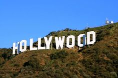 When visiting Los Angeles you can't forget to take a picture of the Hollywood sign! It's such an iconic site in California.