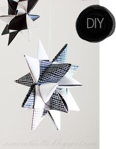 different coloured paper - paper stars